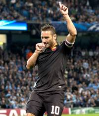 cl: totti makes history as roma hold man city to draw